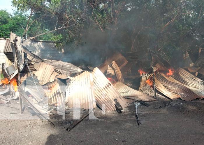 nicaragua, tipitapa, voraz incendio, vivienda,