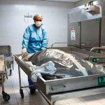 Estudiante de medicina encuentra el cadáver de su amigo en clases de anatomía