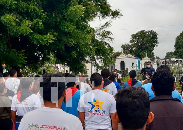 Rinden homenaje a Héroes y Mártires de la Toma del Palacio Nacional