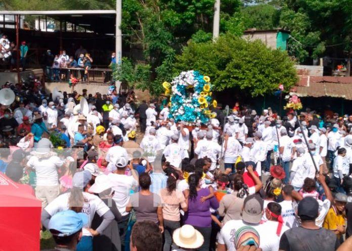 Cada primero de agosto se realiza la bajada de Santo Domingo de Guzmán