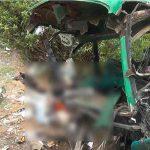 16 personas murieron tras caer un autobús por un precipicio en Perú