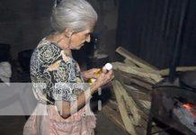 Anciana de Managua solicita ayuda para componer su casa