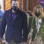 Ben Affleck graba comercial con mamá de Jennifer López