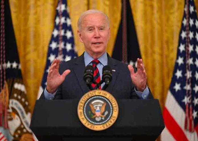 Biden pide la dimisión del gobernador Cuomo por acusaciones de acoso