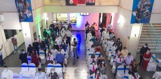 Escuela de Hotelería celebra graduación de 70 estudiantes