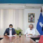 Enacal firma contrato de supervisión de obras y saneamiento en Chinandega