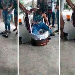 """Ecuatorianas hacen el """"perreo"""" de la muerte sobre un difunto ladrón"""