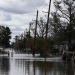 Evacuación de personas tras sufrir inundaciones por el huracán Ida