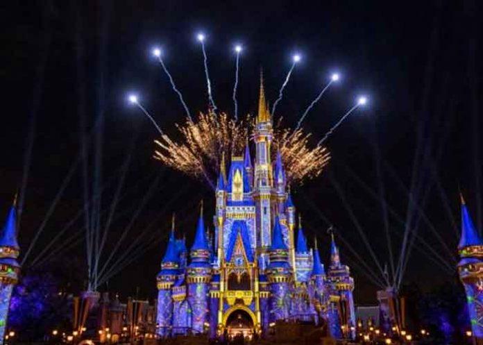 Empleados de Disney World arrestados en operación
