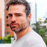 Actor ecuatoriano Roberto Manrique