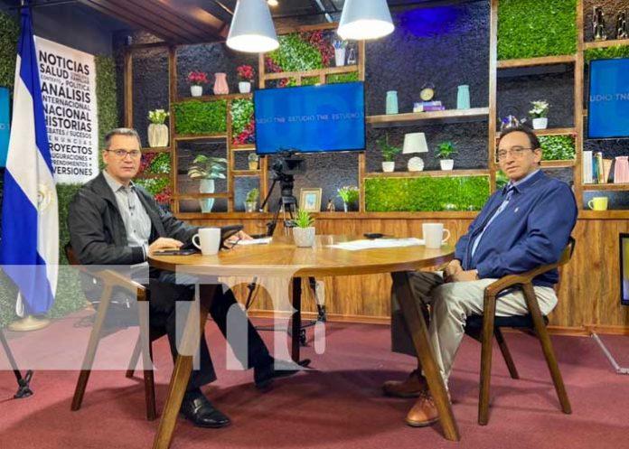 Virgilio Silva, titular de la EPN, hablando de Puerto Corinto en Estudio TN8