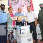 Entrega de equipamiento para emergencias en el Caribe