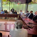 Reunión con Frolov, científico ruso que visitó Nicaragua por cooperación técnica