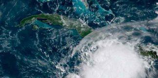 Grace amenaza con convertirse en huracán en su camino a México / FOTO / Twitter