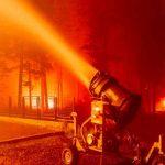 Incendio Caldor obliga a evacuar importante destino turístico de EE.UU