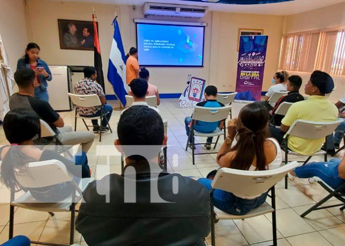 Jóvenes en Nicaragua conocen como crear paginas web / FOTO / TN8