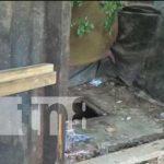 Letrina donde cayó un niño en un barrio de Ocotal