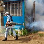 Jornada de fumigación en Managua para eliminar zancudos