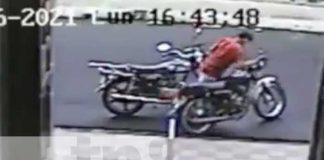 Foto: A plena luz del día un sujeto robó una moto que estaba estacionada/TN8