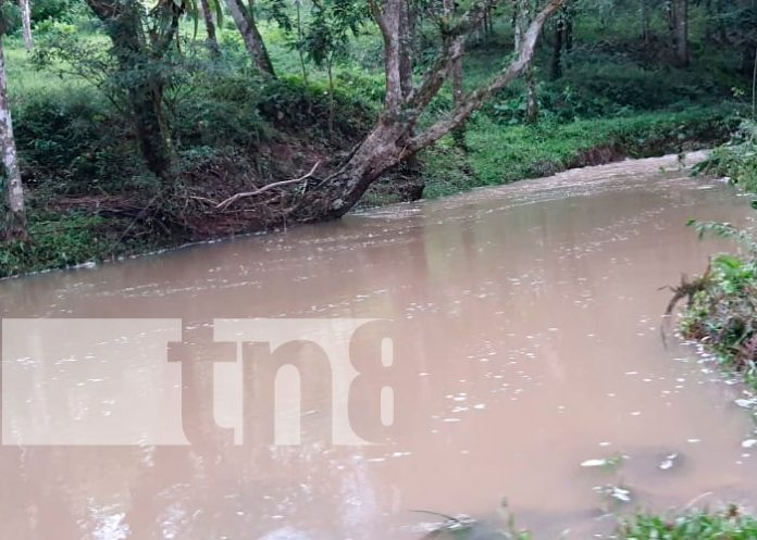 Niño muere ahogado al ser arrastrado por las corrientes en Chontales