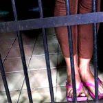 Prisión para mujer acusada de envenenar a sus dos niños en Bolivia