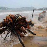 Nora se convierte en huracán en costas del Pacífico mexicano