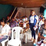 Entrega de paquetes alimenticios a madres en Matiguás