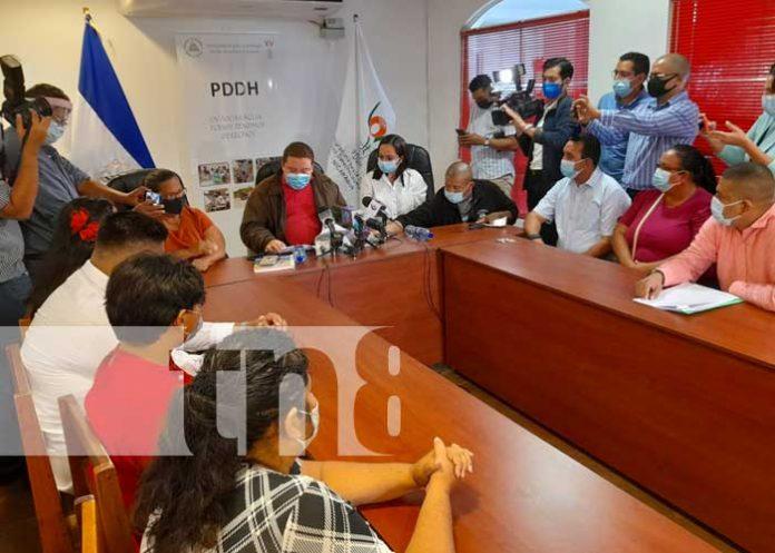 Denuncia ante la PDDH por acciones de Berenice Quezada