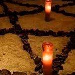 Cadena de noticias en Australia transmite por error un ritual satánico