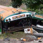 Mortal choque entre dos buses dejó al menos 12 lesionados en El Salvador