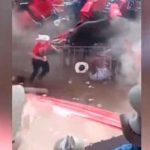 Un toro embiste a una multitud en México y la fiesta termina con un tiroteo / FOTO / Captura de pantalla / YouTube