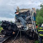 Dos muertos y decenas de heridos en un choque de trenes en República Checa / FOTO / @hzsplzen