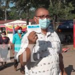Habitantes de Rio Blanco reciben vacuna contra el Covid-19