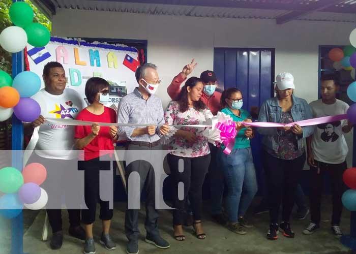 Entrega de una vivienda digna para una familia de Managua