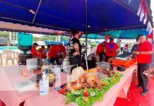 Se realza feria fraternal en plaza de colores, Puerto Salvador Allende