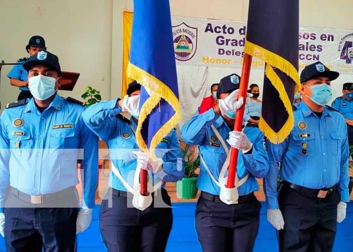 93 oficiales de la Policía Nacional de Bilwi y Waspam fueron ascendidos en grado