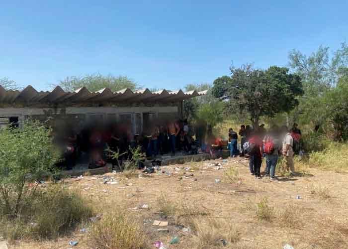 Algunas personas manifestaron crisis nerviosas y varias de ellas pidieron ayuda a las autoridades mexicanas