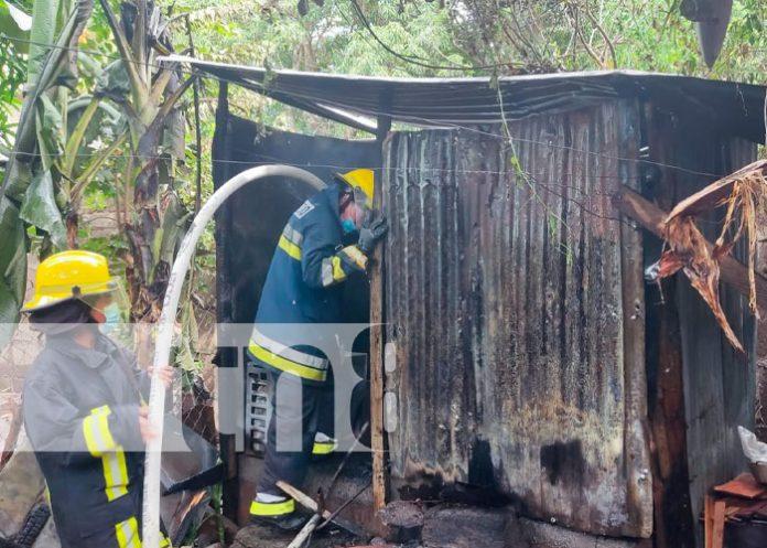 Bodega de una casa se incendia en el Barrio Pedro Joaquín Chamorro en Juigalpa, Chontales