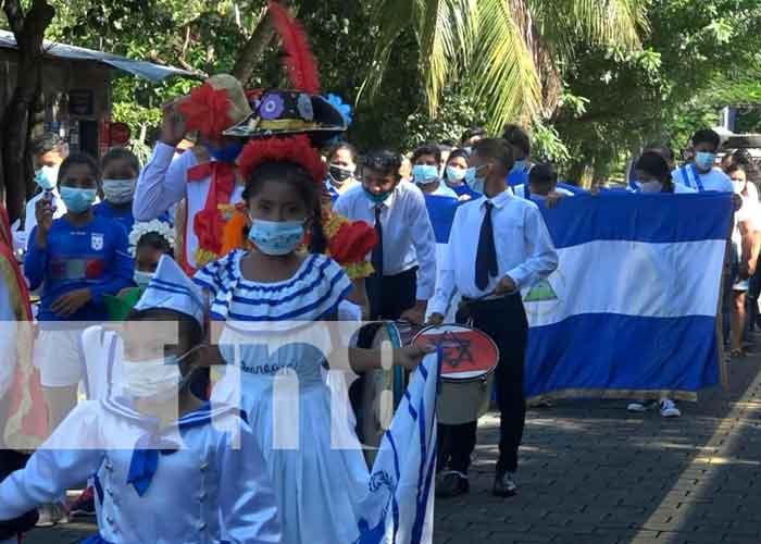 En la Isla de Ometepe con mucho orgullo y fervor patrio los estudiantes recordaron el legado de libertad