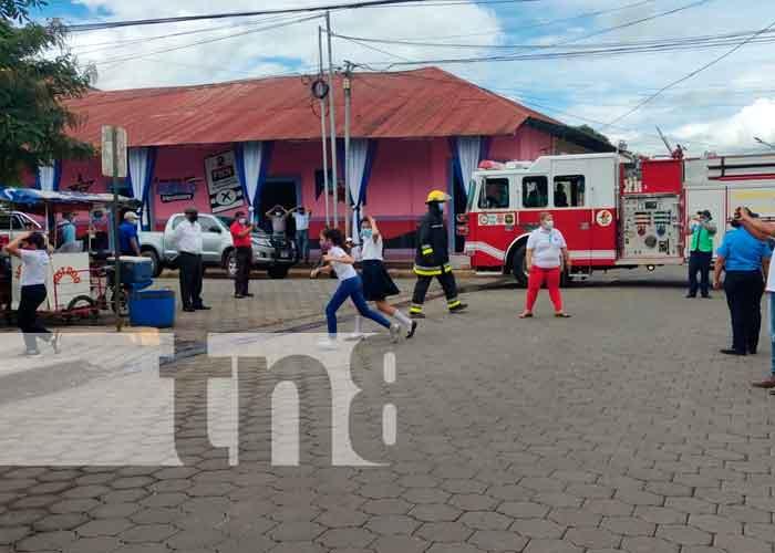 Familias participan en el tercer ejercicio de Multiamenazas en Juigalpa