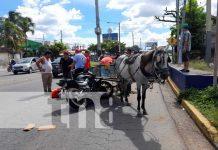 Accidente de tránsito en la Rotonda Cristo Rey con motociclista y carretón