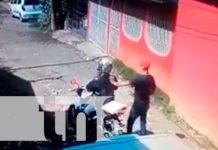 Motociclista es despojado de sus pertenencias en Managua
