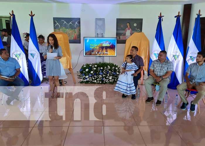 """Premian a ganadores de concurso """"Paisajes de mi patria"""""""