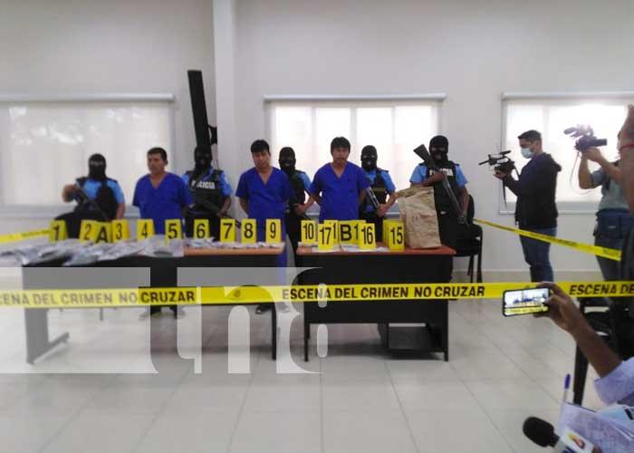 Presentación de delincuentes que cometieron crimen en Bonanza
