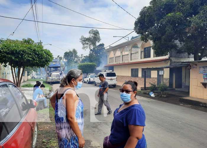 Realizan jornada de fumigación en barrio Bertha Díaz, Managua