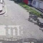 Violento choque entre motos en una calle de Somotillo