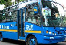 """¡No se aguantaron! Una pareja colombiana echó su """"polvo"""" en un bus"""