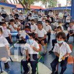 Actividad de educación primaria en honor a los símbolos patrios