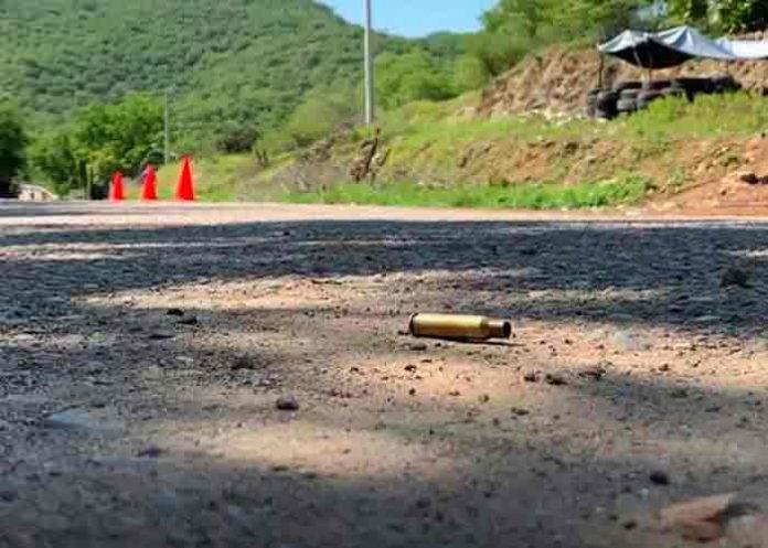 Enfrentamiento entre cárteles deja cinco muertos en Michoacán, México