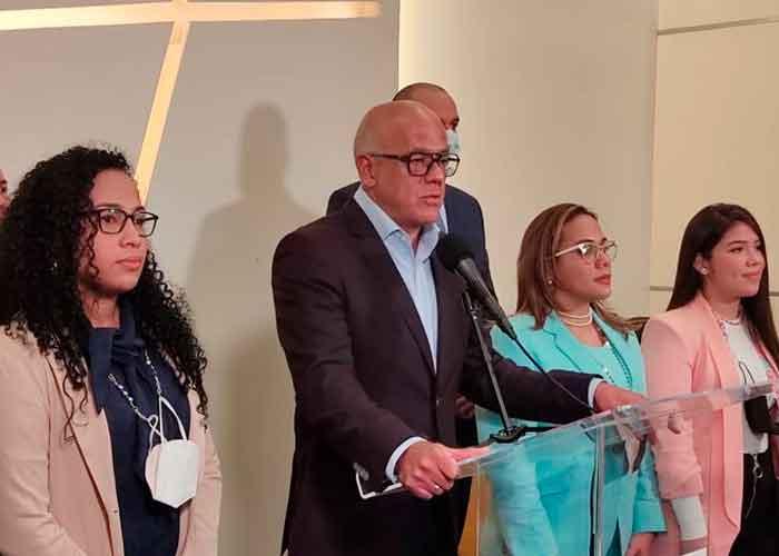 Foto: Venezuela mantiene diálogo con México